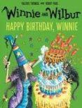 winnie and wilbur: happy birthday, winnie-valerie thomas-9780192748249